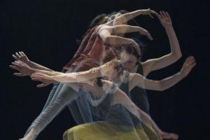 """""""O bliskości bez słów"""" – warsztat rozwoju osobistego dla małżeństw przez ruch, taniec i pracę z ciałem."""